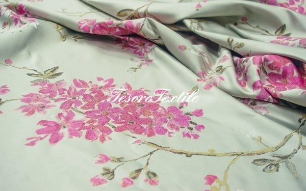 Ткань для штор Жаккард ILLUSTRE цвет цветы сакура